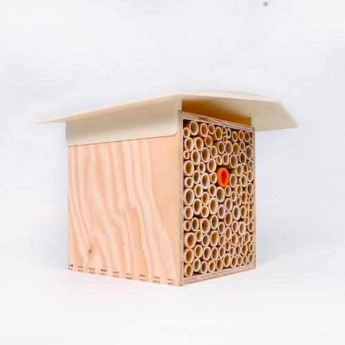 Maison pour abeilles maçonnes